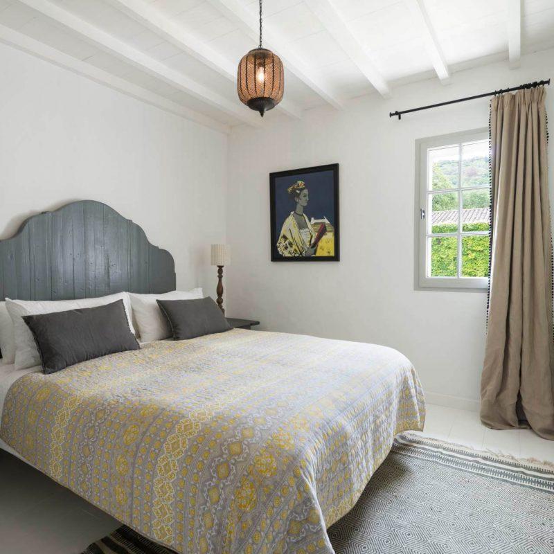 Chambre double rustique et moderne
