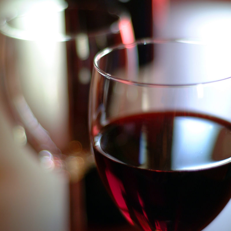 verre de vin rouge mas mariage nimes